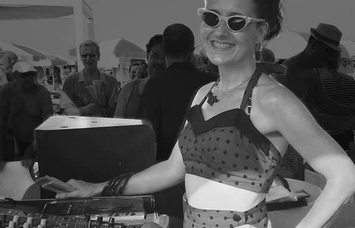 DJ VOODOO DOLL LINDY HOP - FIBRES de Paris, Festival Jazz Swing