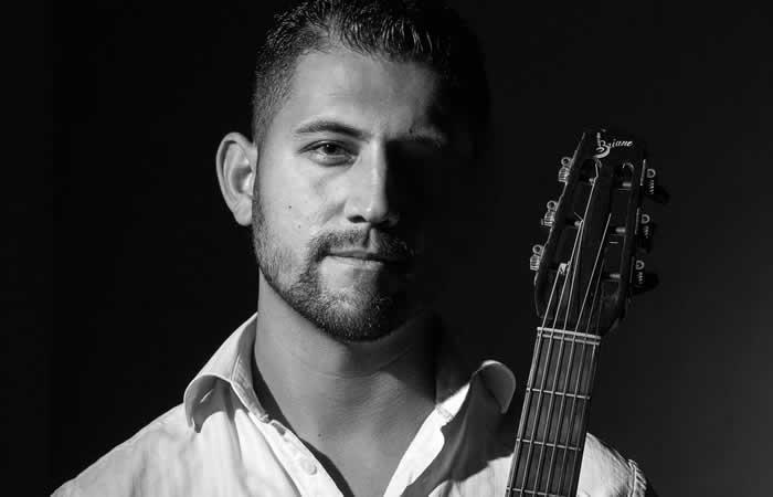 STEVEN REINHARDT GUITARE MANOUCHE - FIBRES de Paris, Festival Jazz Swing